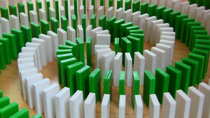 dominobrickor-trick