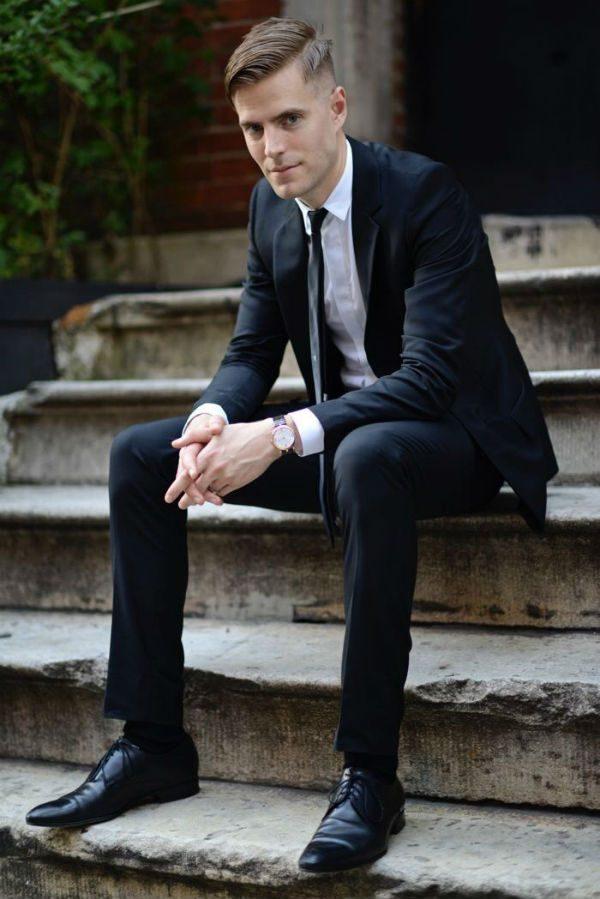färg på skor till svart kostym