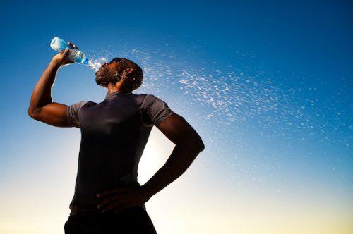 Fördelar med att dricka mycket vatten