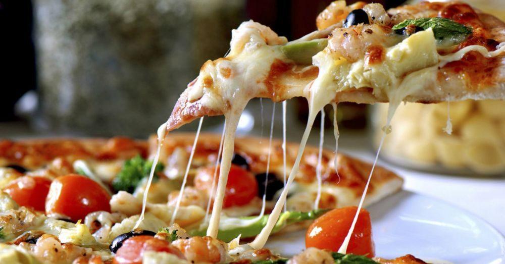 Hur värmer man pizza bra