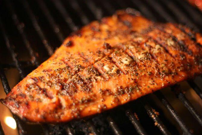 Hur grillar man fisk