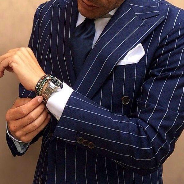 Kritstretcksrandig kostym blå