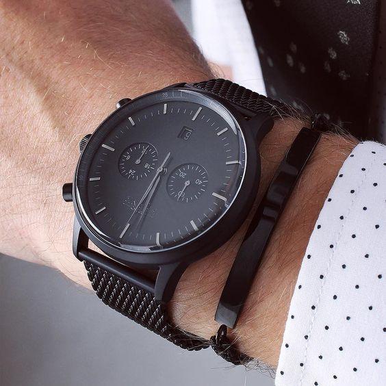 klockor med mesh armband skjorta
