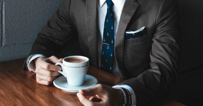 Att bära slips