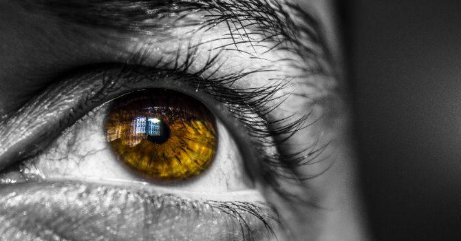 Vilka Färger Framhäver Ögonen