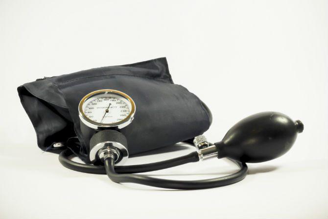 Mäta högt blodtryck