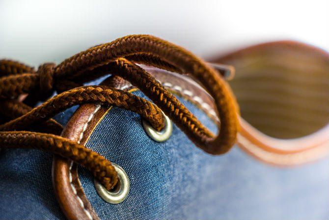 få skor att hålla längre byta skosnören