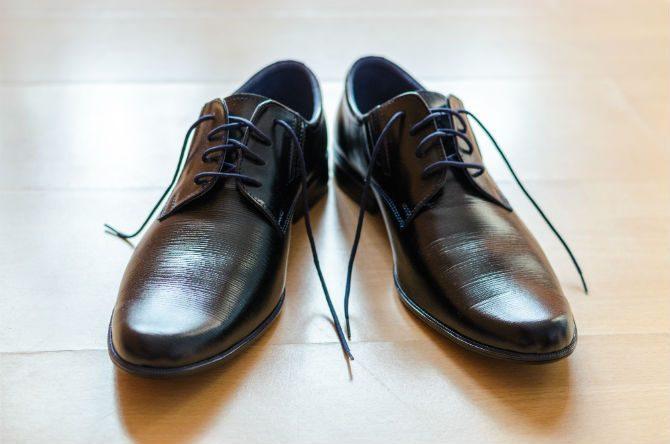 hur putsar man skor skokräm