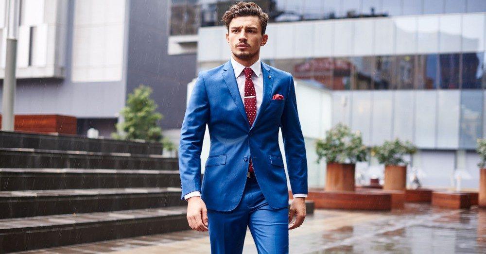 Kavaj eller mörk kostym – så ska du klä dig enligt klädkoden