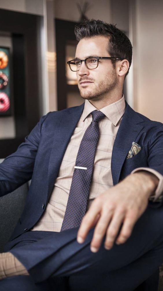 klädkod kostym blå