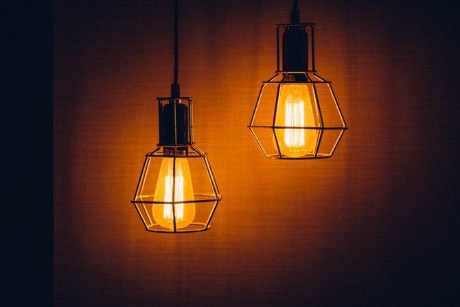 ungkarlslya belysning
