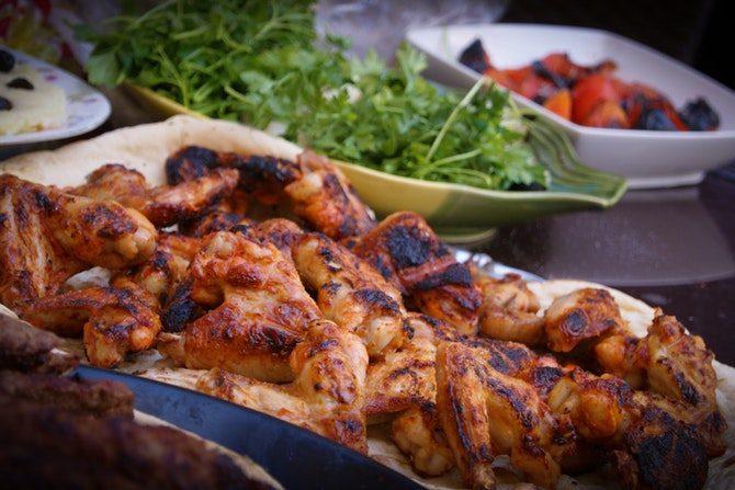 äta nyttigt ute på restaurang kyckling