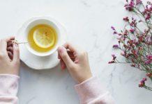 Vad skiljer ekologiskt te från vanligt te