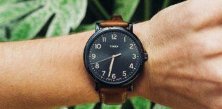 vilken arm har man klockan på