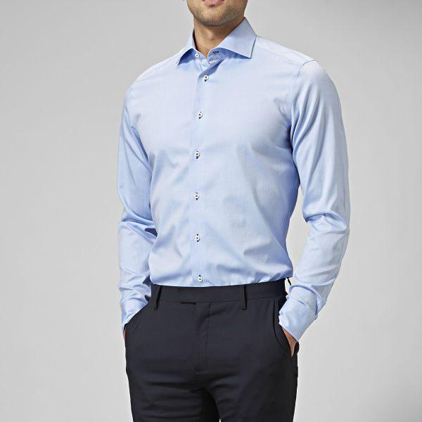 ljusblå dressad skjorta herr höst 2018