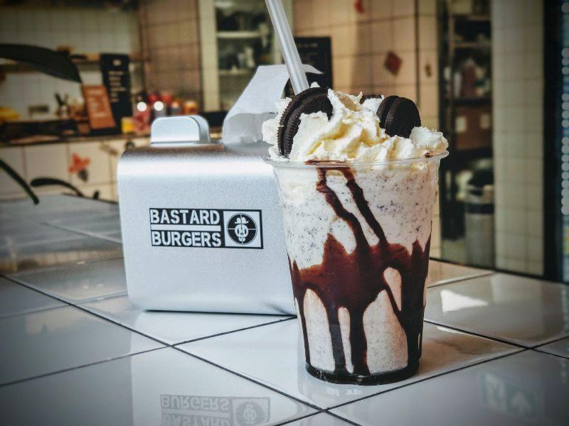 bastard burgers stockholm milk shake