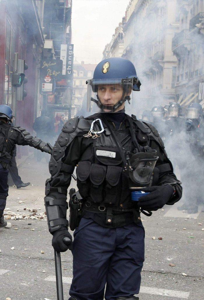 fransk kravallpolis