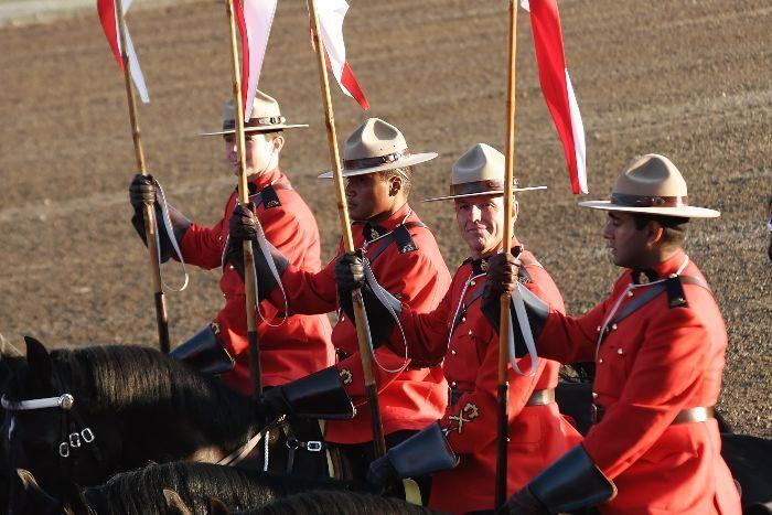 kanadensisk polis coola arbetskläder