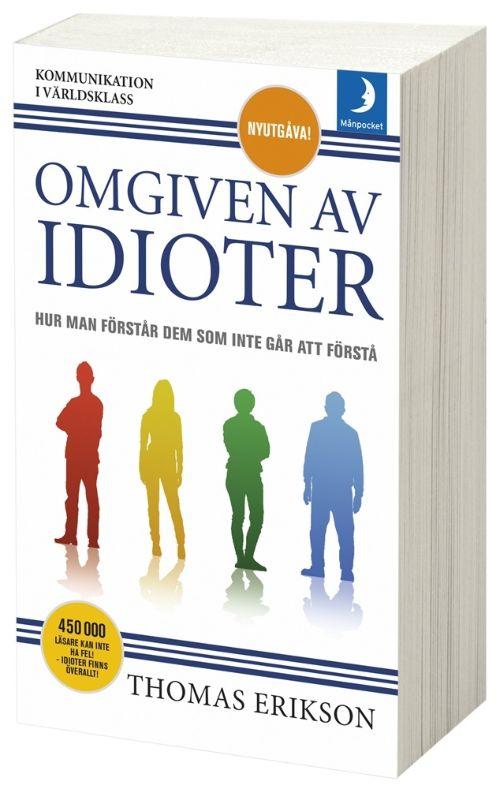 självhjälpsbok omgiven av idioter