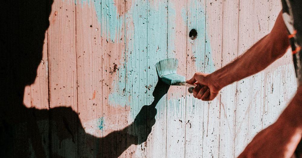 måla vägg hemma