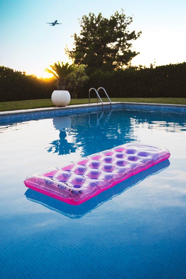 tips pool bygga